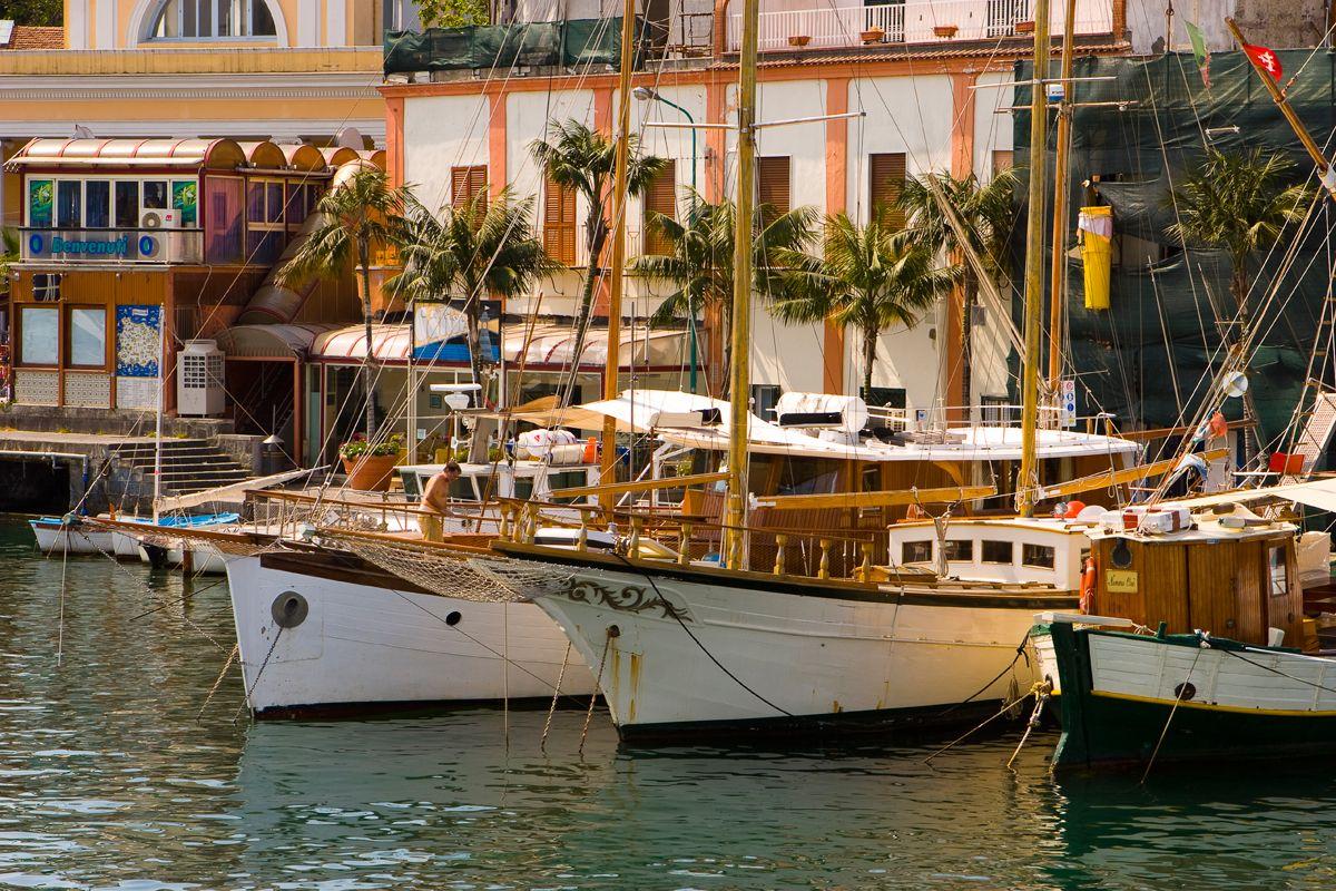 Escursioni in barca a vela Ischia