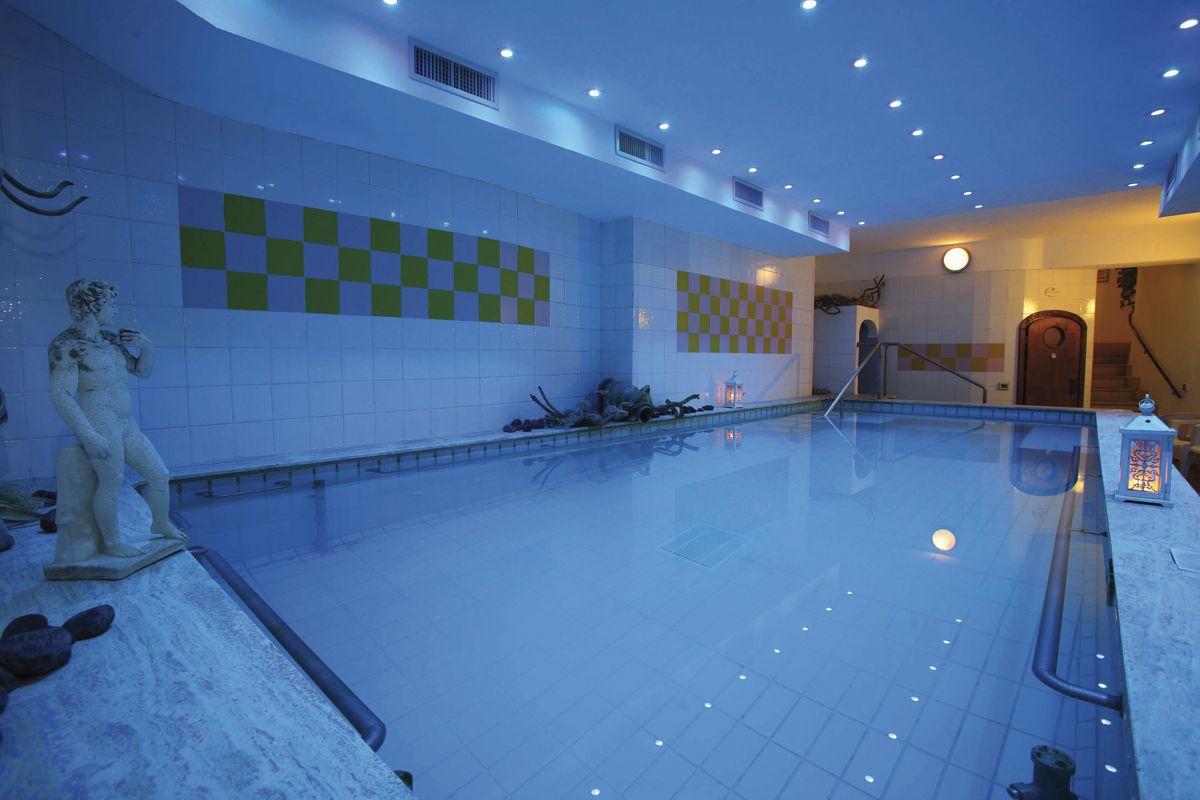Hotel Bellevue Benessere & Relax le piscine